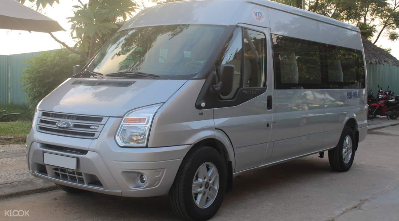 10 seater van