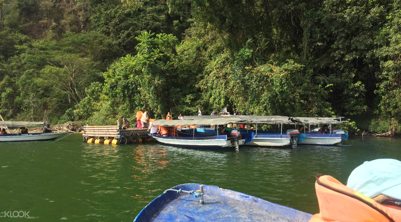 boat tour in Terunyan