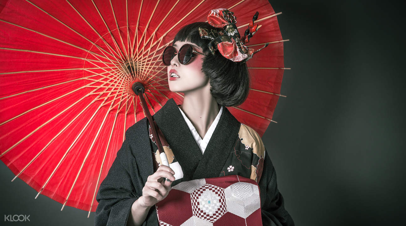Studio Esperanto's Japonisme kimono