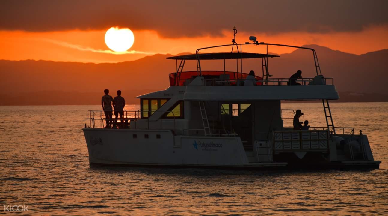 boat during sunset cruise in ishigaki island