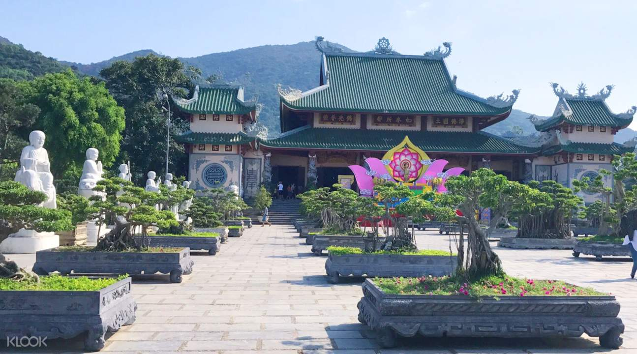 da nang linh ung pagoda tour