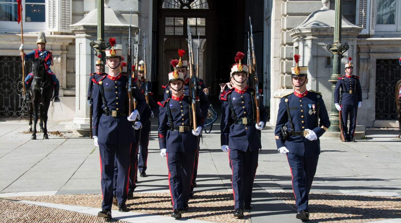 fast track access royal palace madrid spain