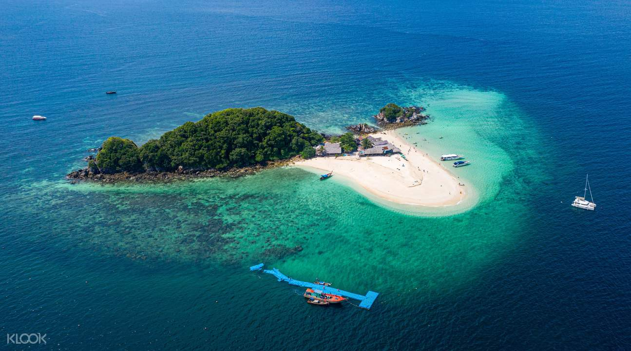 Enjoy time under the sun and in the water with this unforgettable tour of Koh Khai Nok and Khai Nai Island