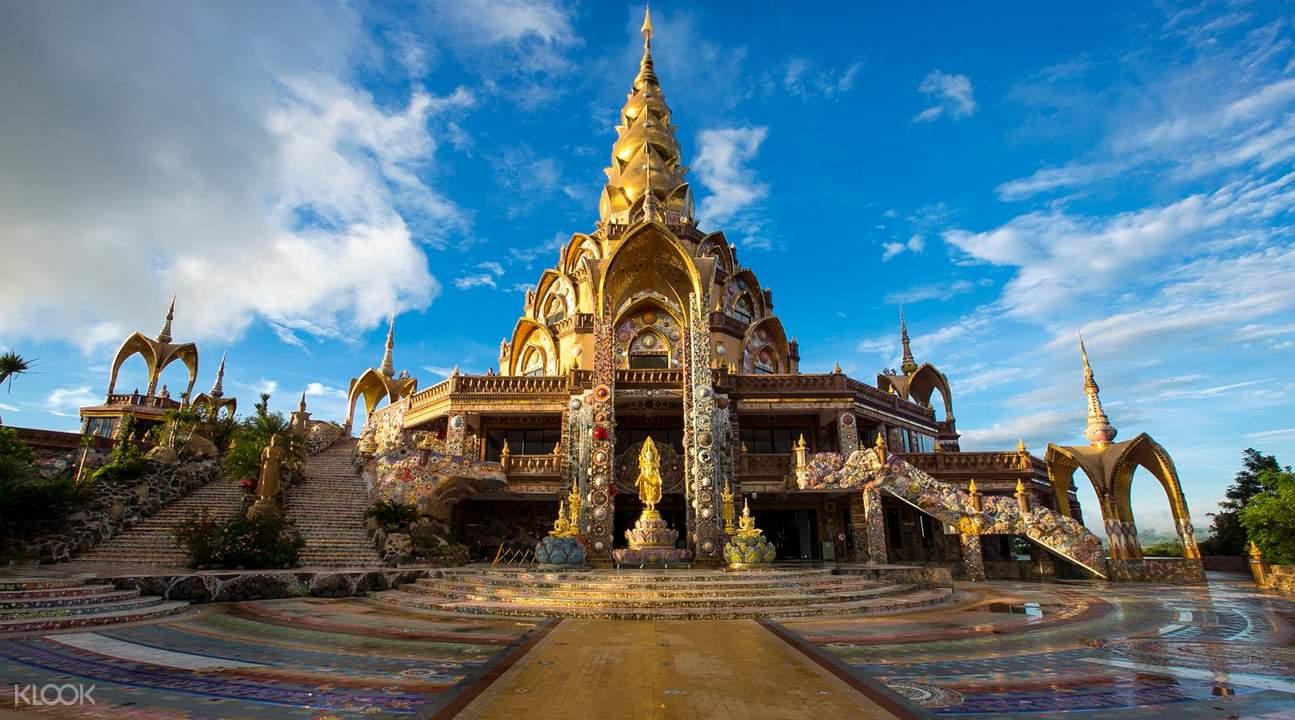 khao kho thai temple