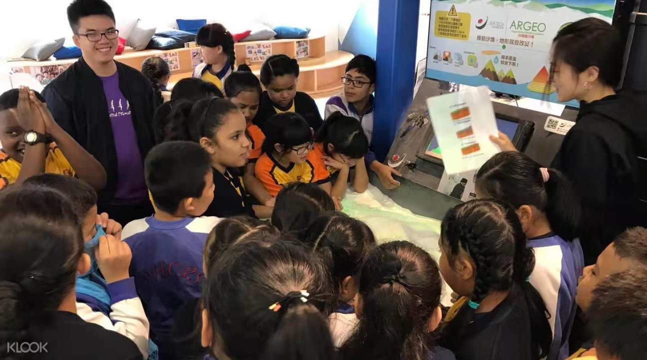 Children listening to instructions during STEAM VR