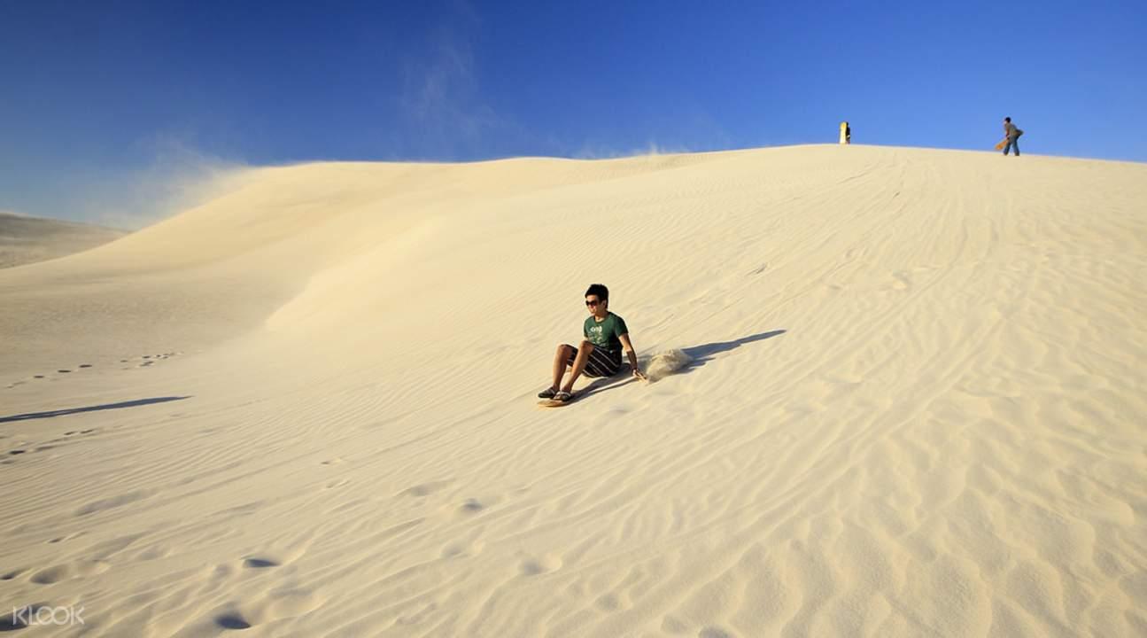 Pinnacle Desert Explorer with Lancelin Sandboarding