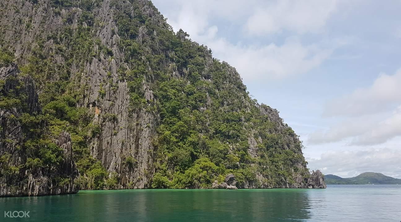 coron islands and lakes tour