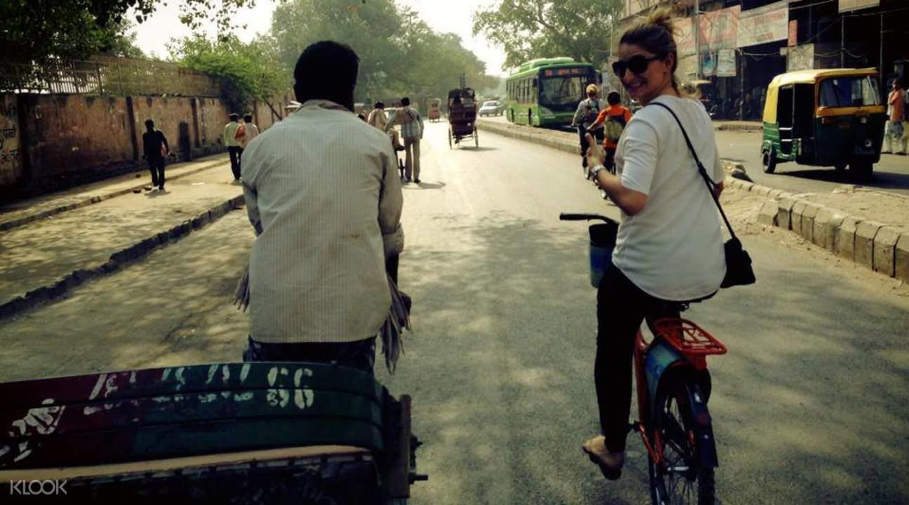 shahjahanabad cycling tour delhi