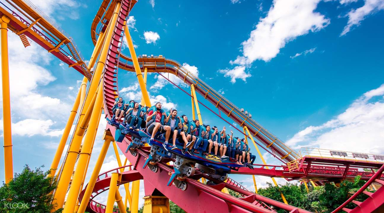 roller coaster ride at chimelong paradise