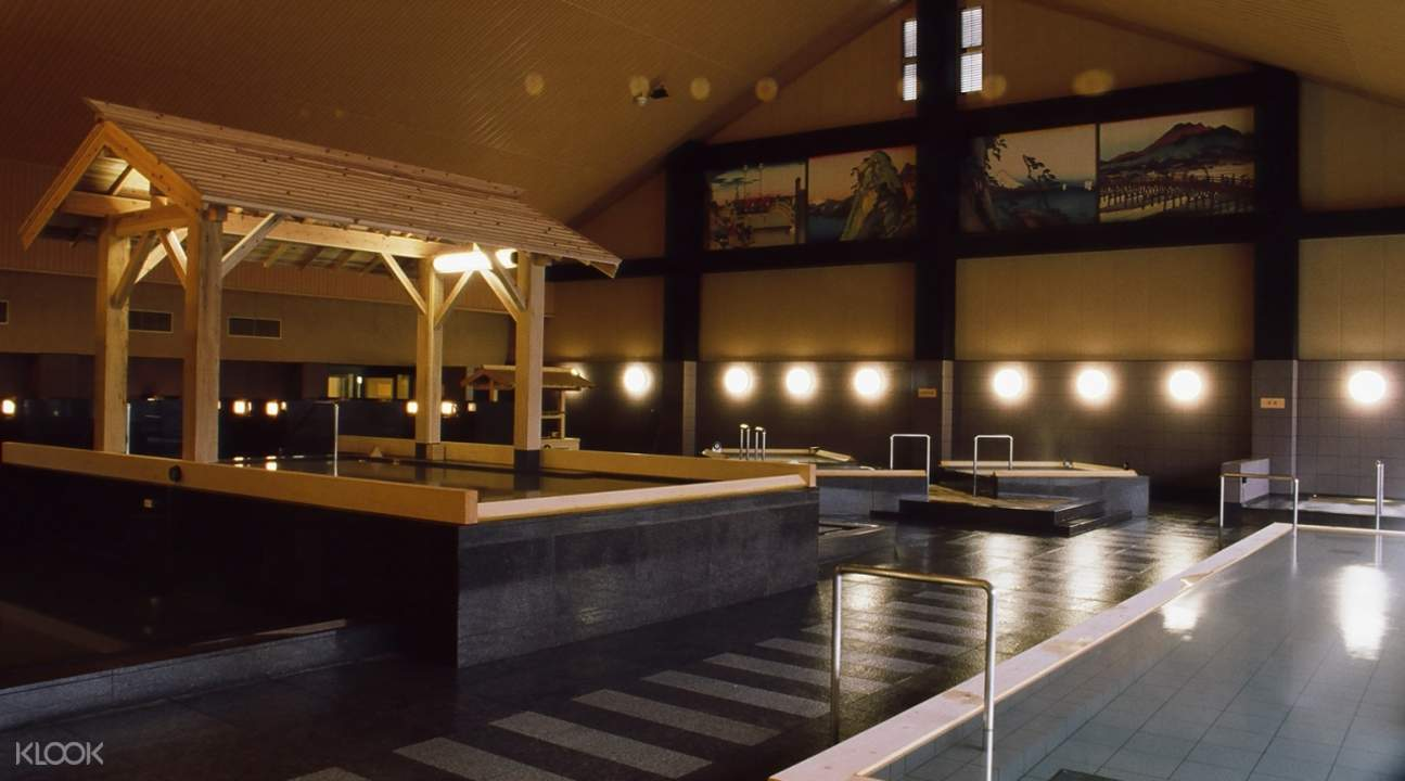 baths at Oedo-onsen monogatari