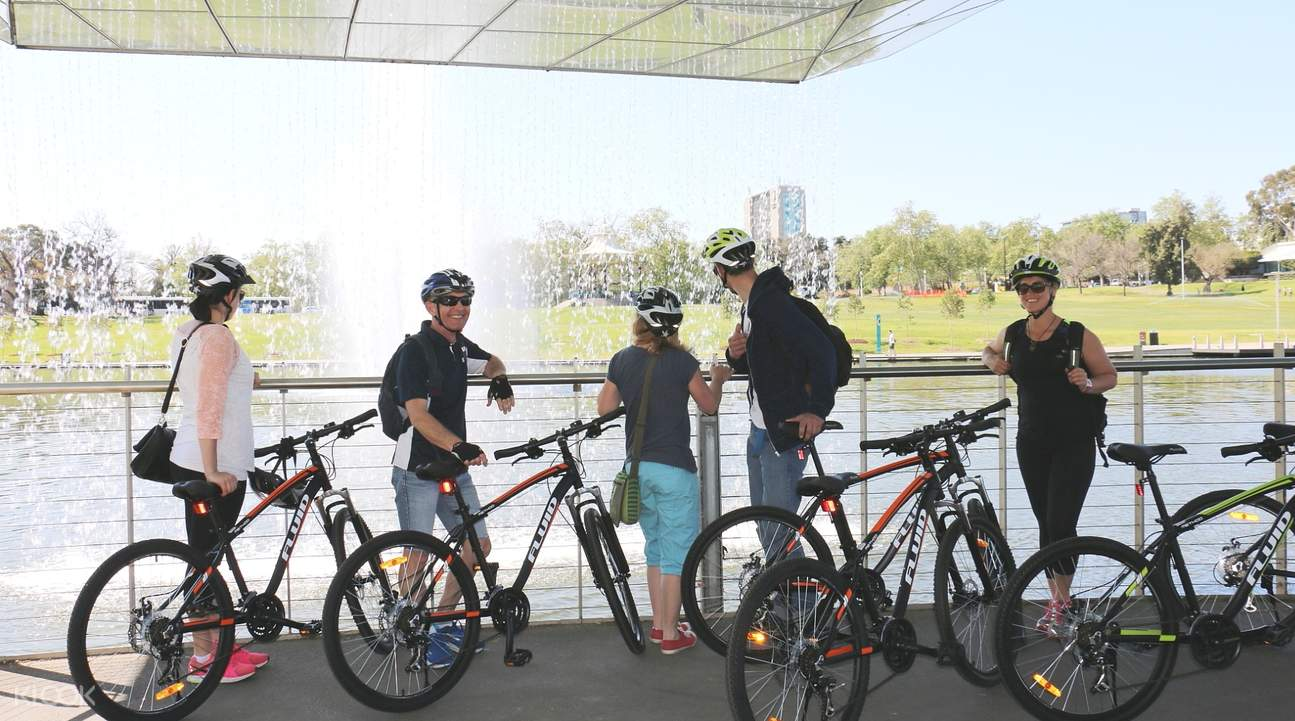 bike tour in adelaide city