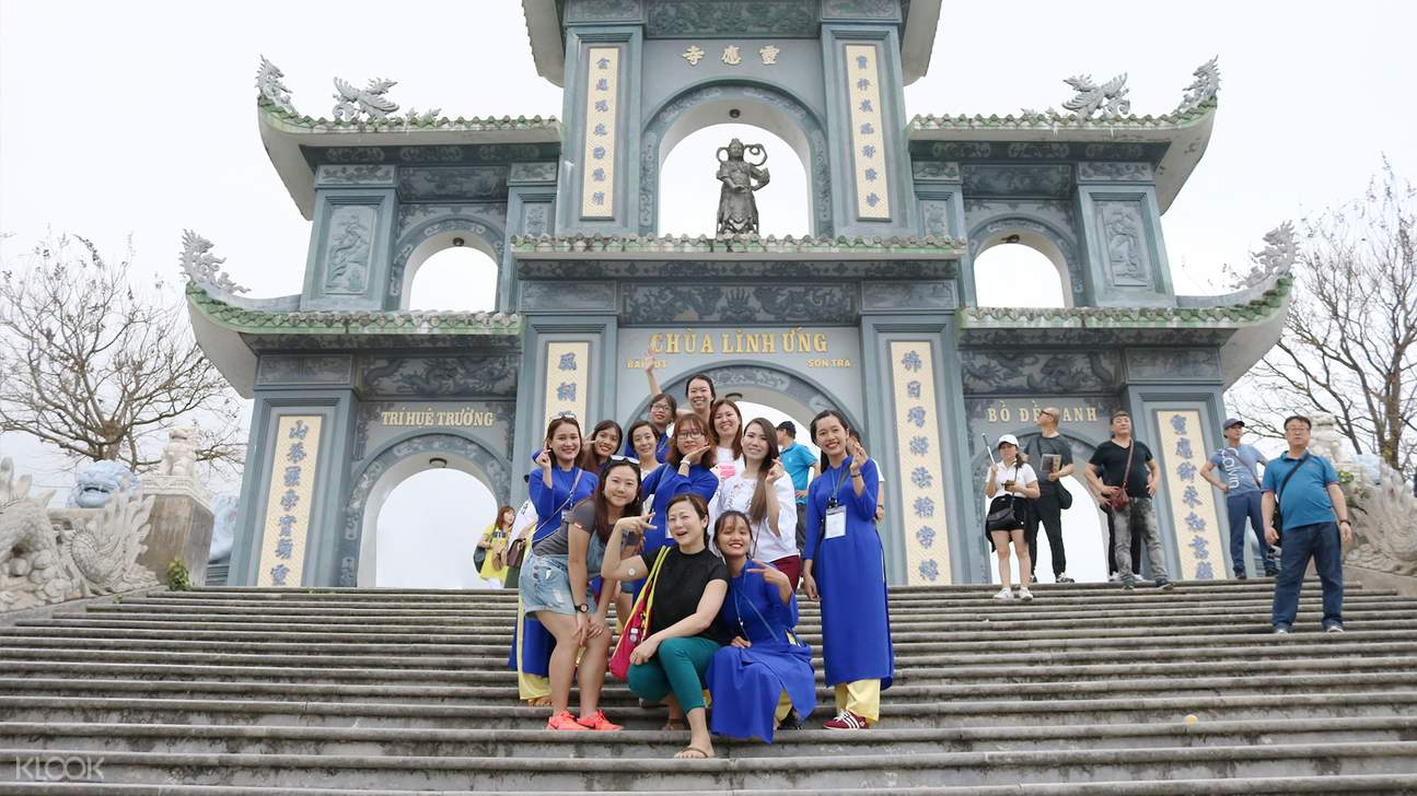 lady buddha linh ung pagoda da nang city tour aodai rider