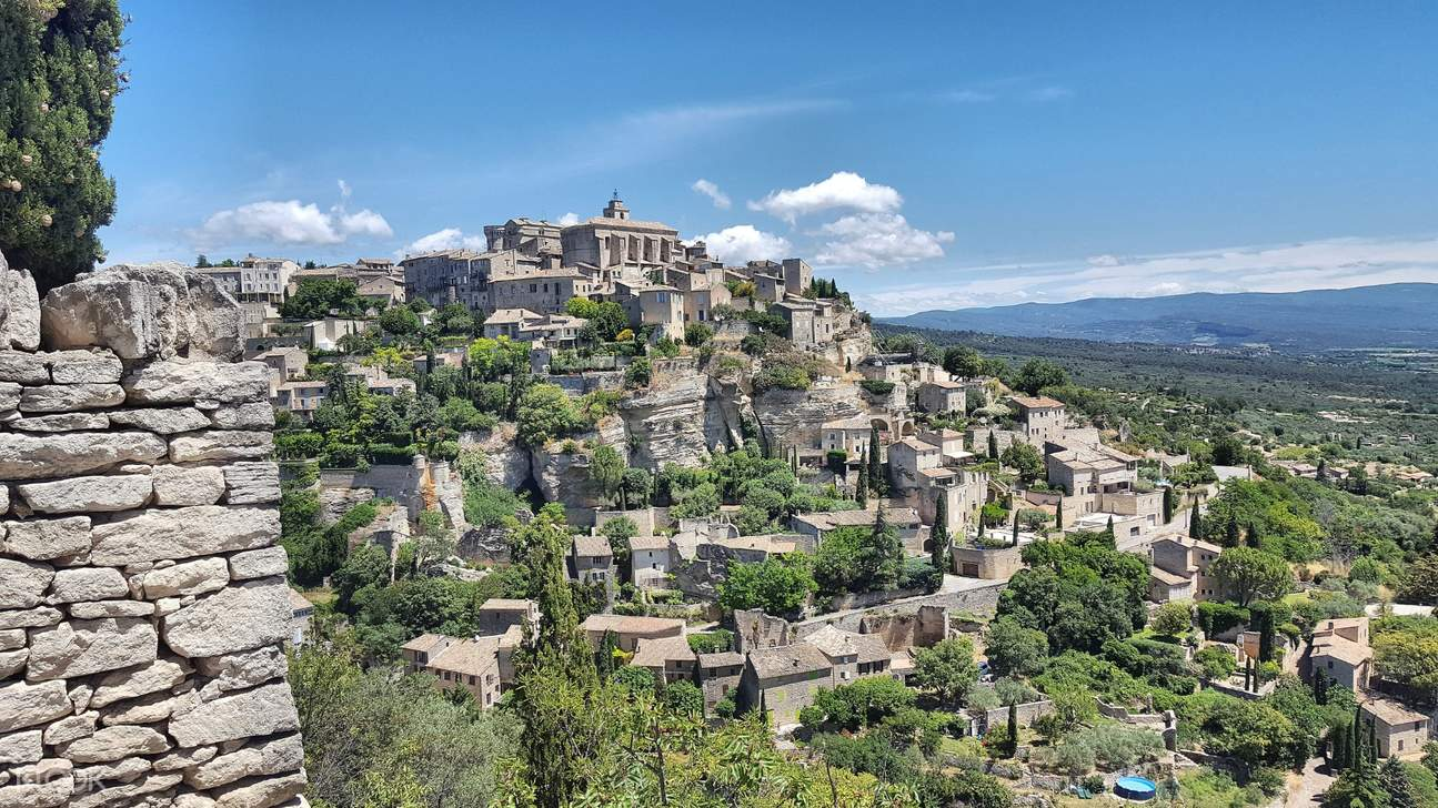 avignon and luberon villages tour from aix en provence