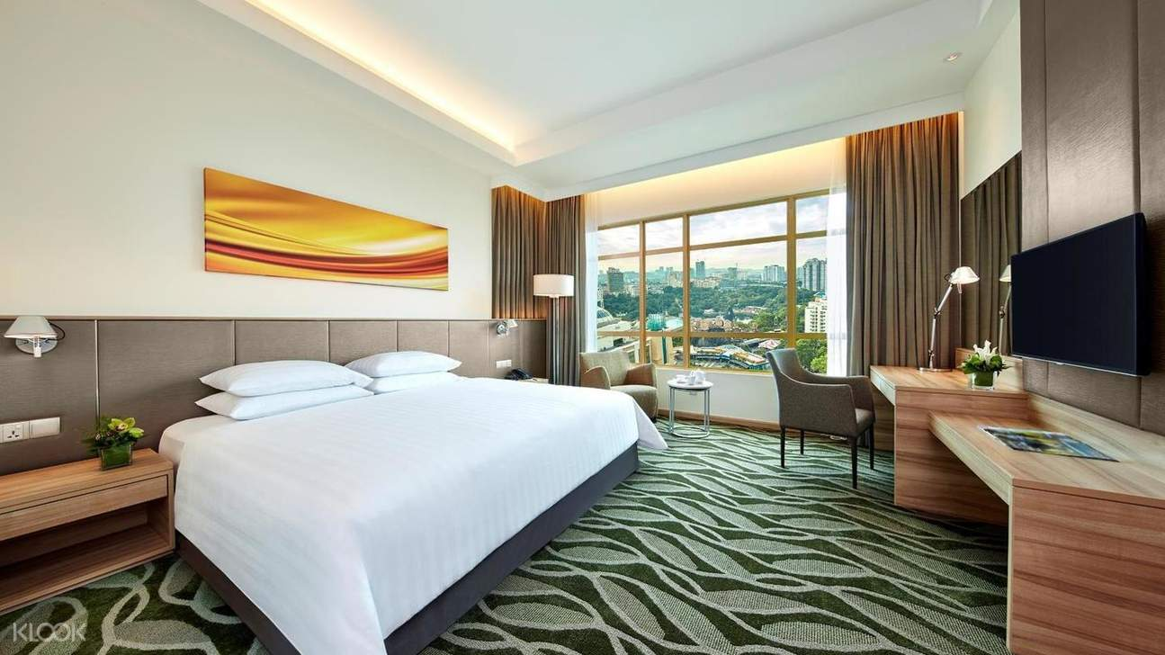 Big and cozy with air-conditioned hotel room