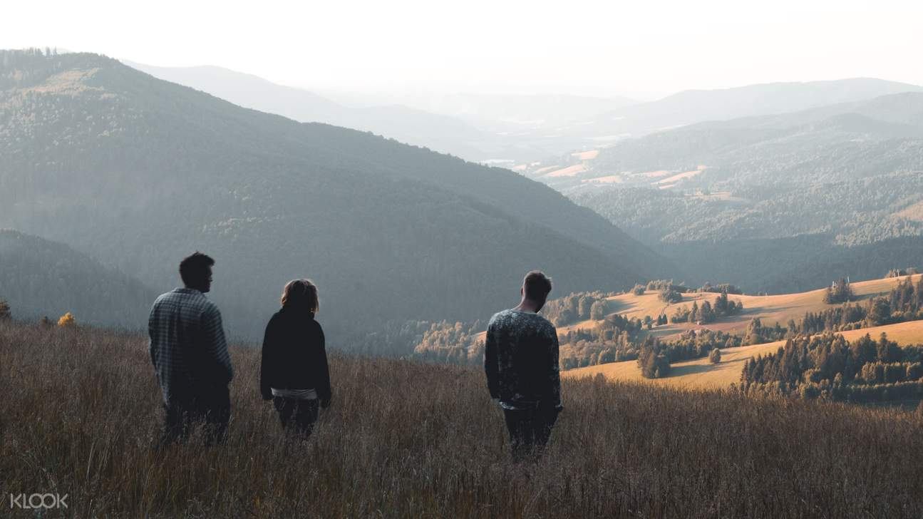 group of friends admiring the natural landscapes of the Slovak Ore Mountains
