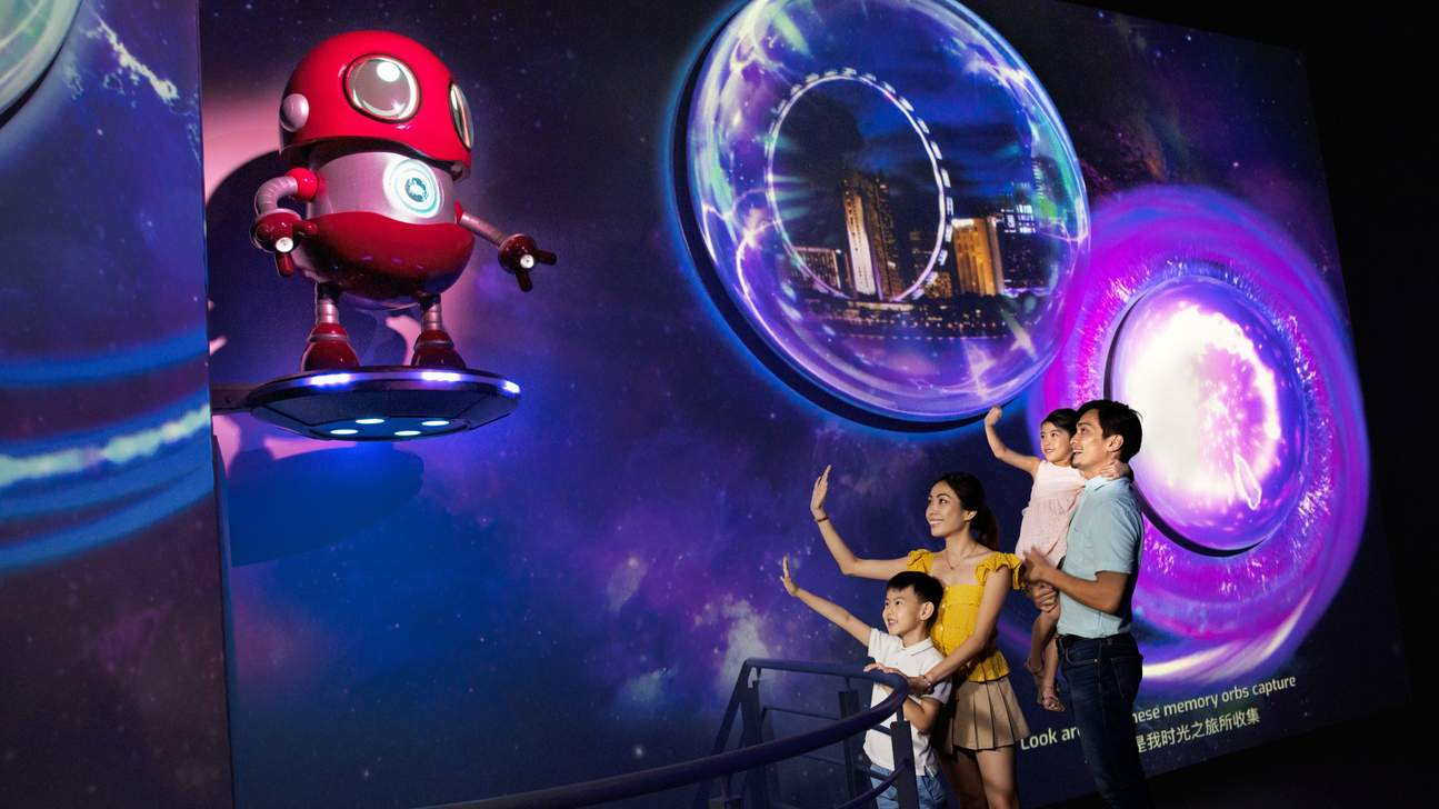 a family inside the Singapore Flyer