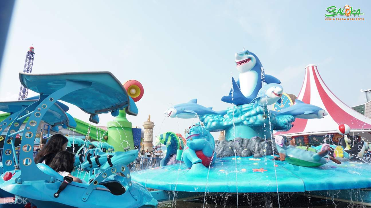 a ride for kids in Saloka Theme Park