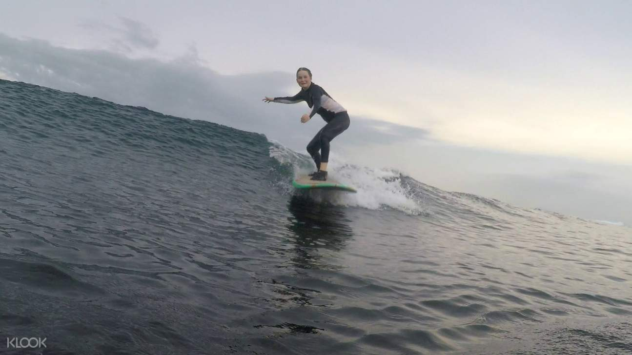 You'll be riding the waves of Lombok in no time when you join this exciting surfing lesson via Klook!