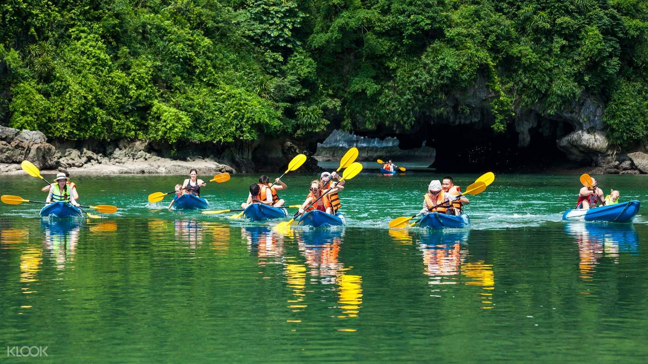 Pay an additional amount of only 40,000 VND/pax (less than 2$) to enjoy kayaking around the bay on your own