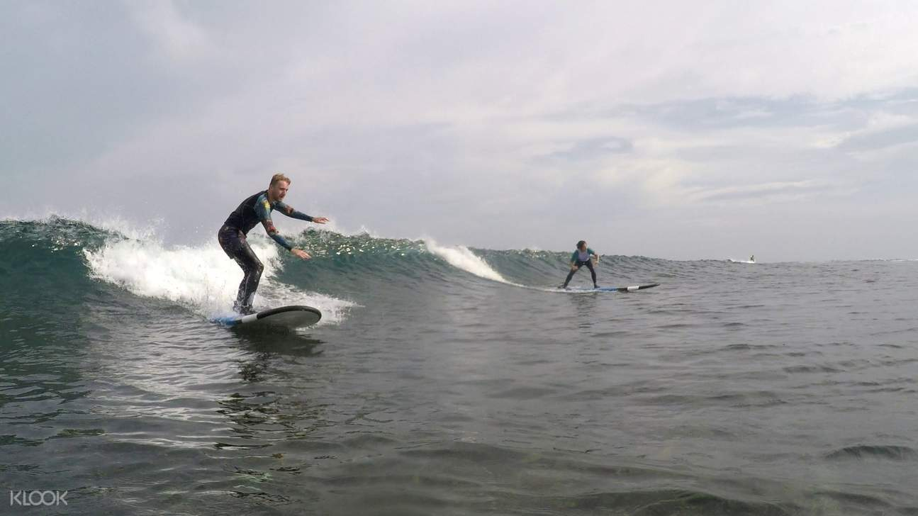 Be taught by local surfers and be a confident surfer before the day ends!