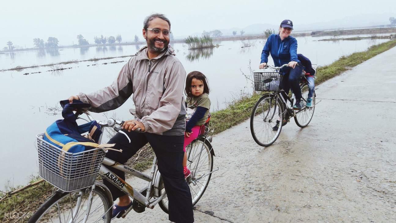 bike tour in thanh toan village
