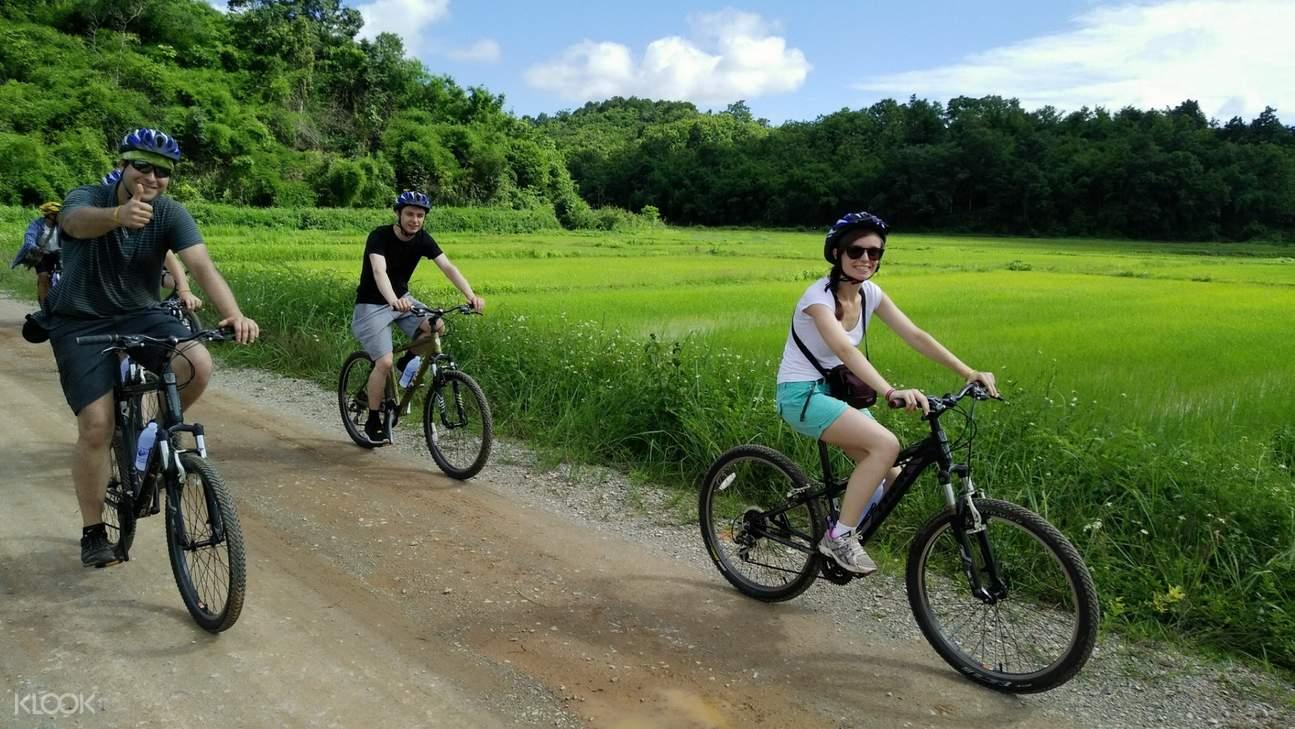 清莱乡村骑行之旅,清莱白庙骑行之旅