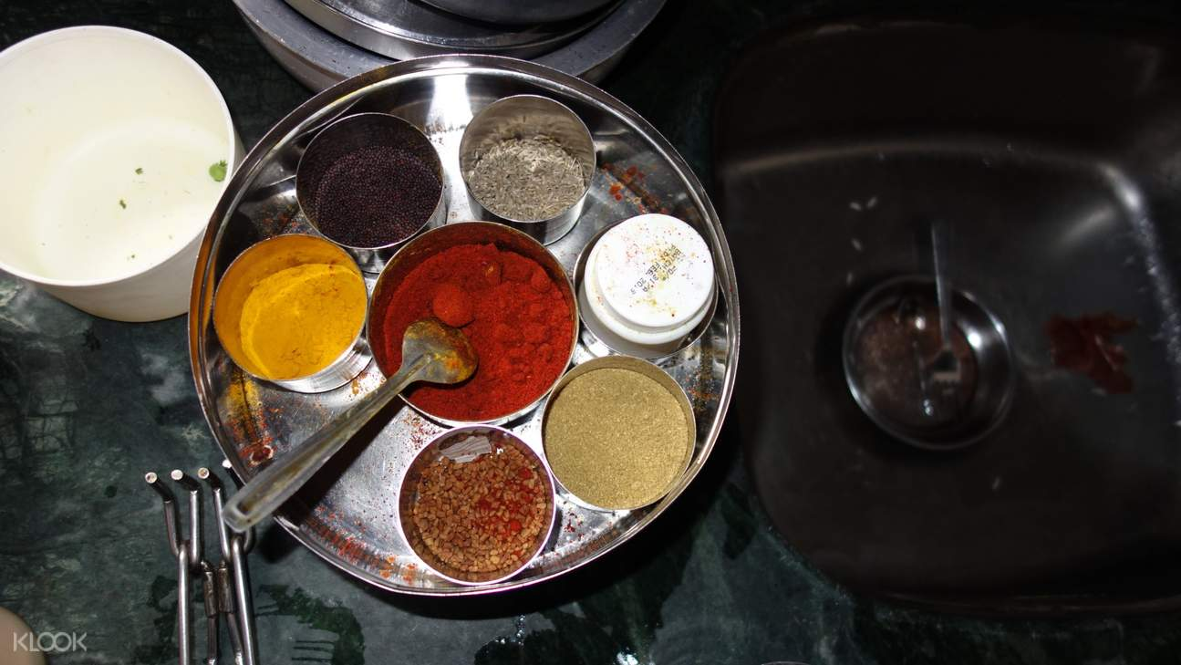 cooking class spices