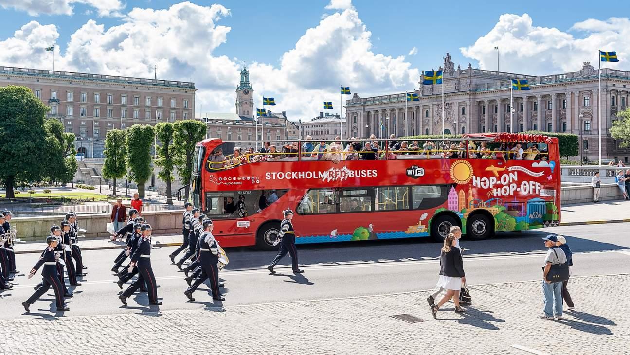 stockholm hop on hop off bus and boat