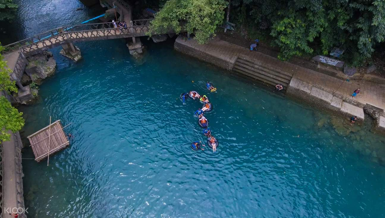 people river tubing