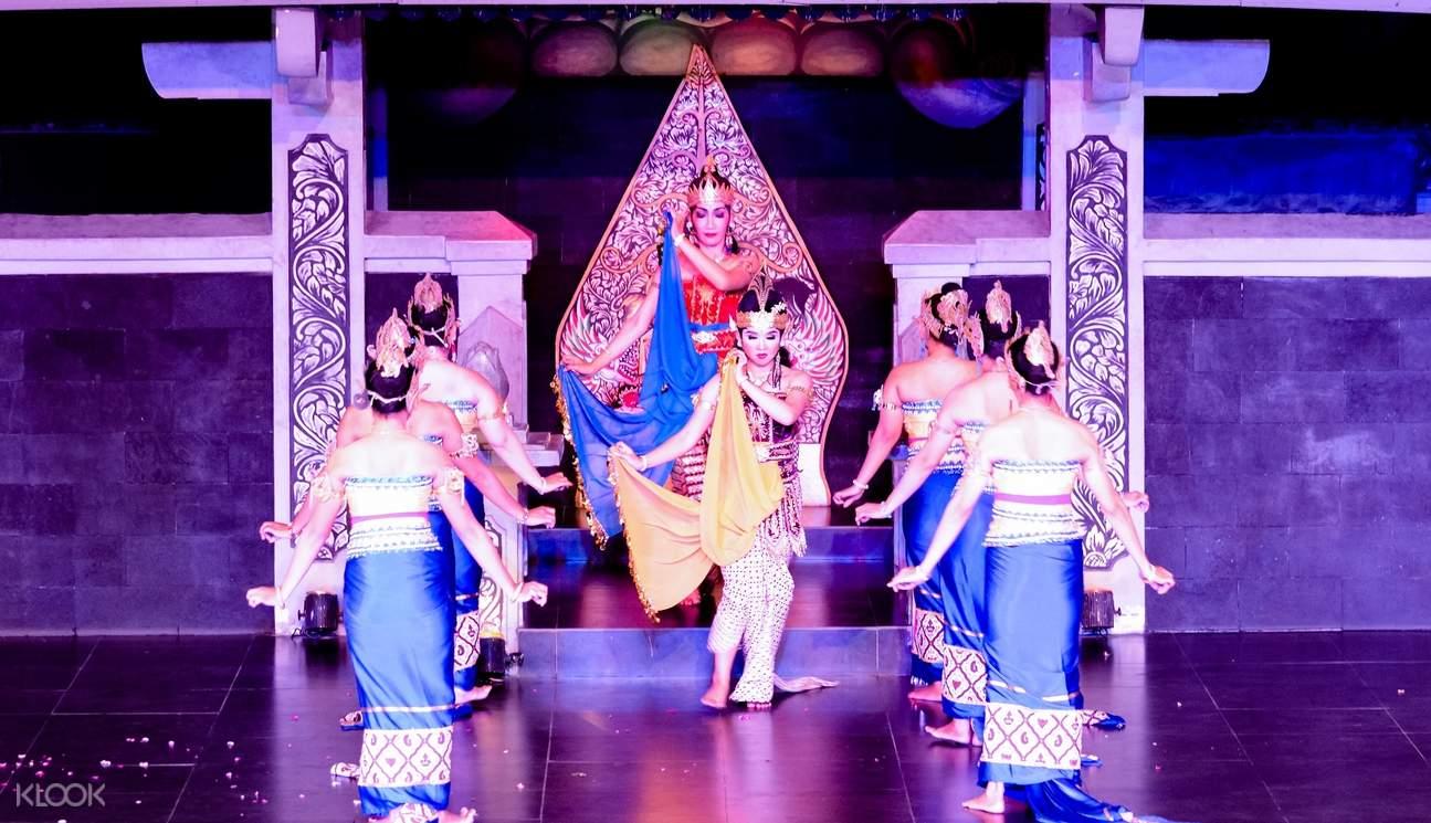 women performers in the ramayana ballet