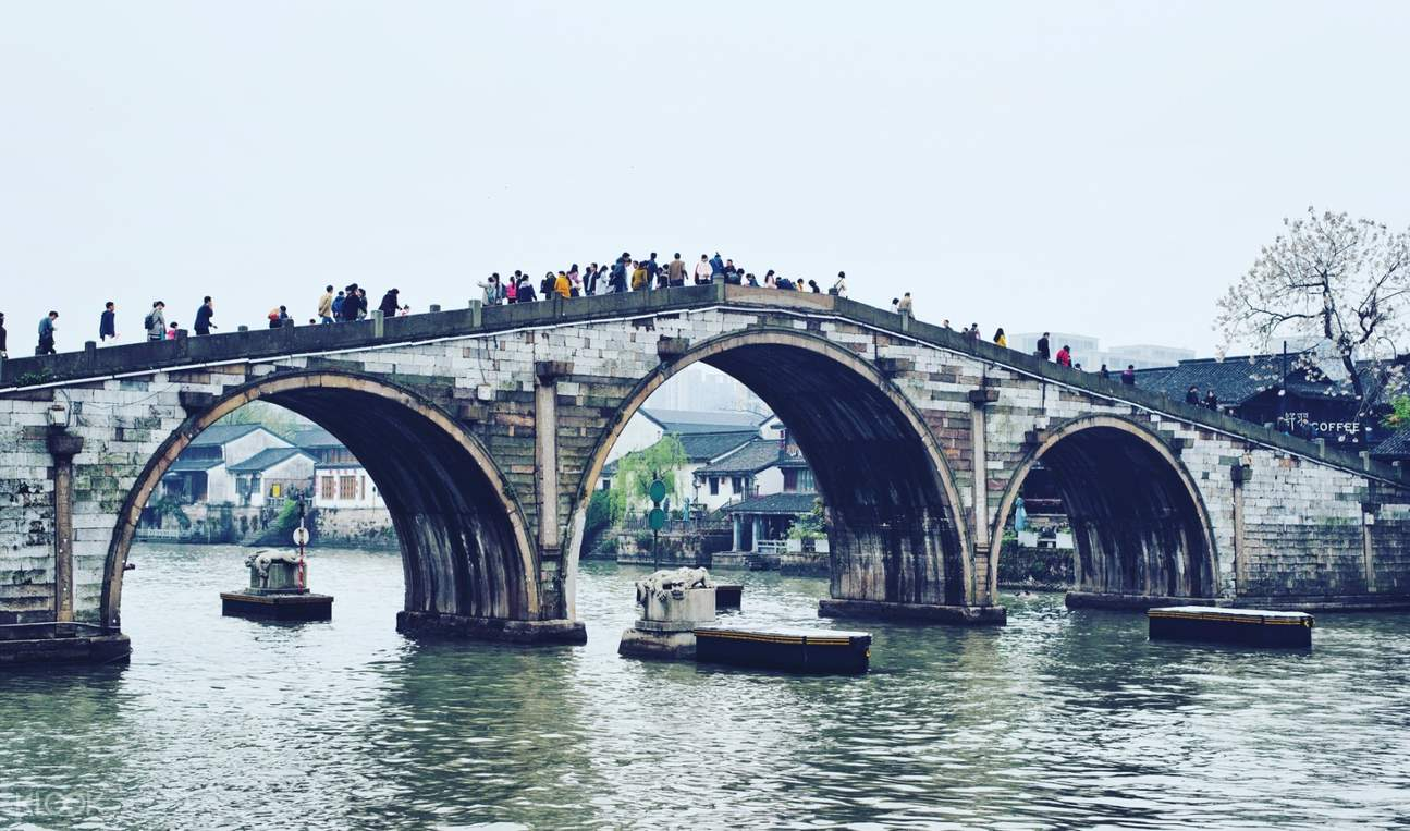 Grand Canal Bridge in Hangzhou