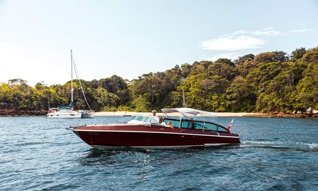 private cruise in sydney