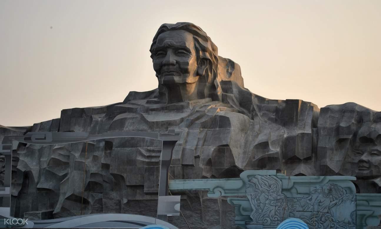 越南英雄母亲雕像