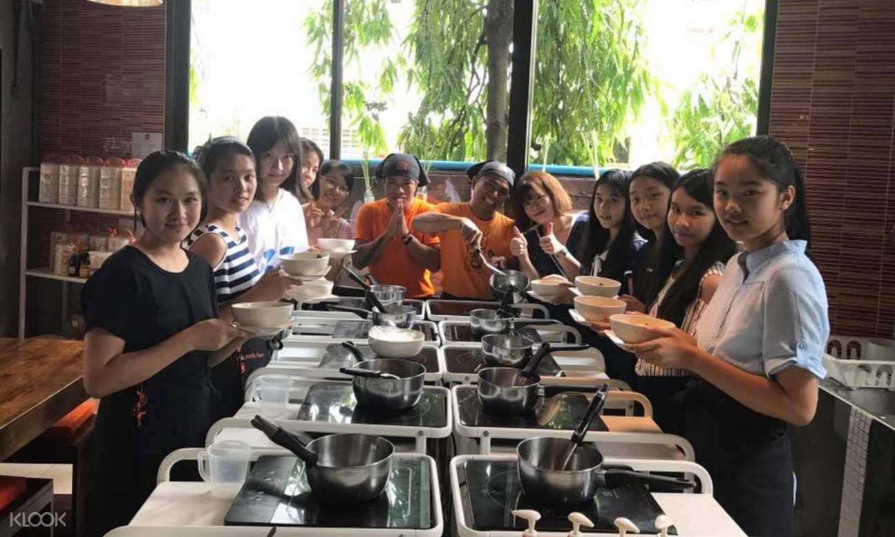 芭東海灘 Pum Thai 烹飪課程