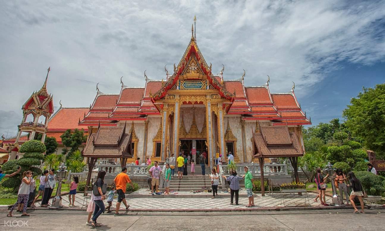 temple in phuket thailand