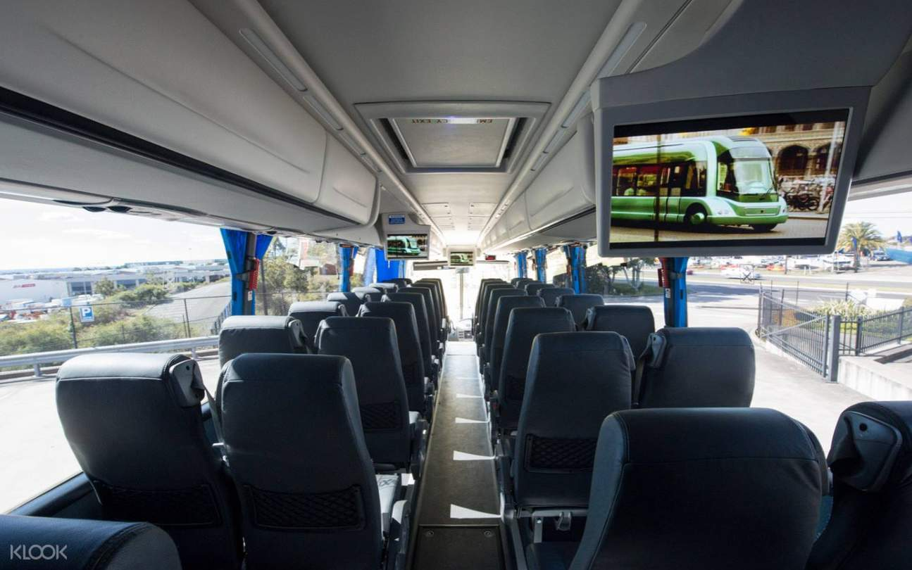 Shared Greyhound Australia Bus Transfers to and from Brisbane