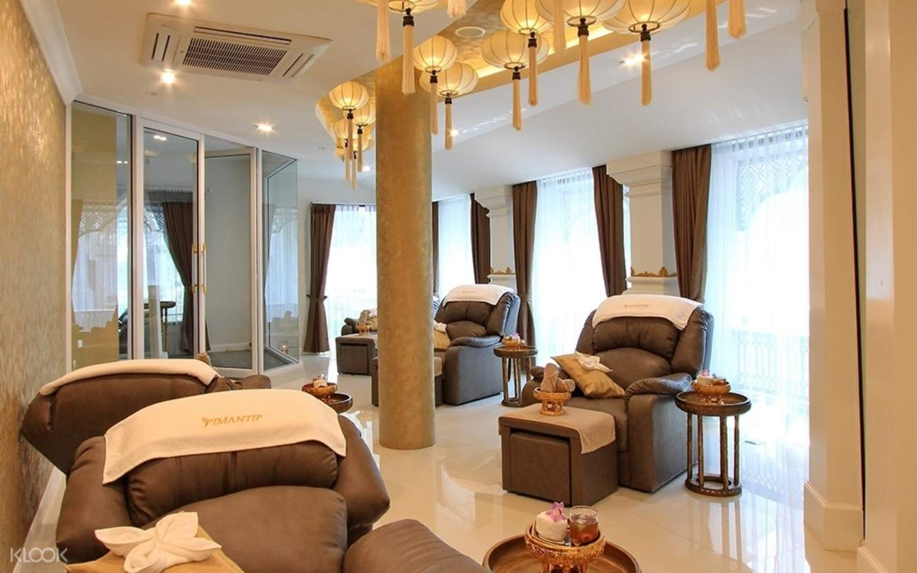 Foot Massage Chairs at Pimantip Spa Treatments in Chiang Mai