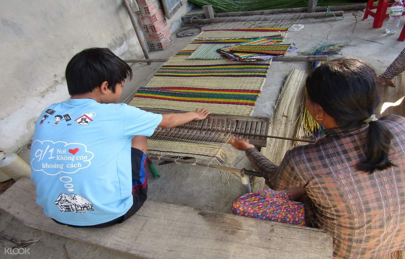 raw mat weaving