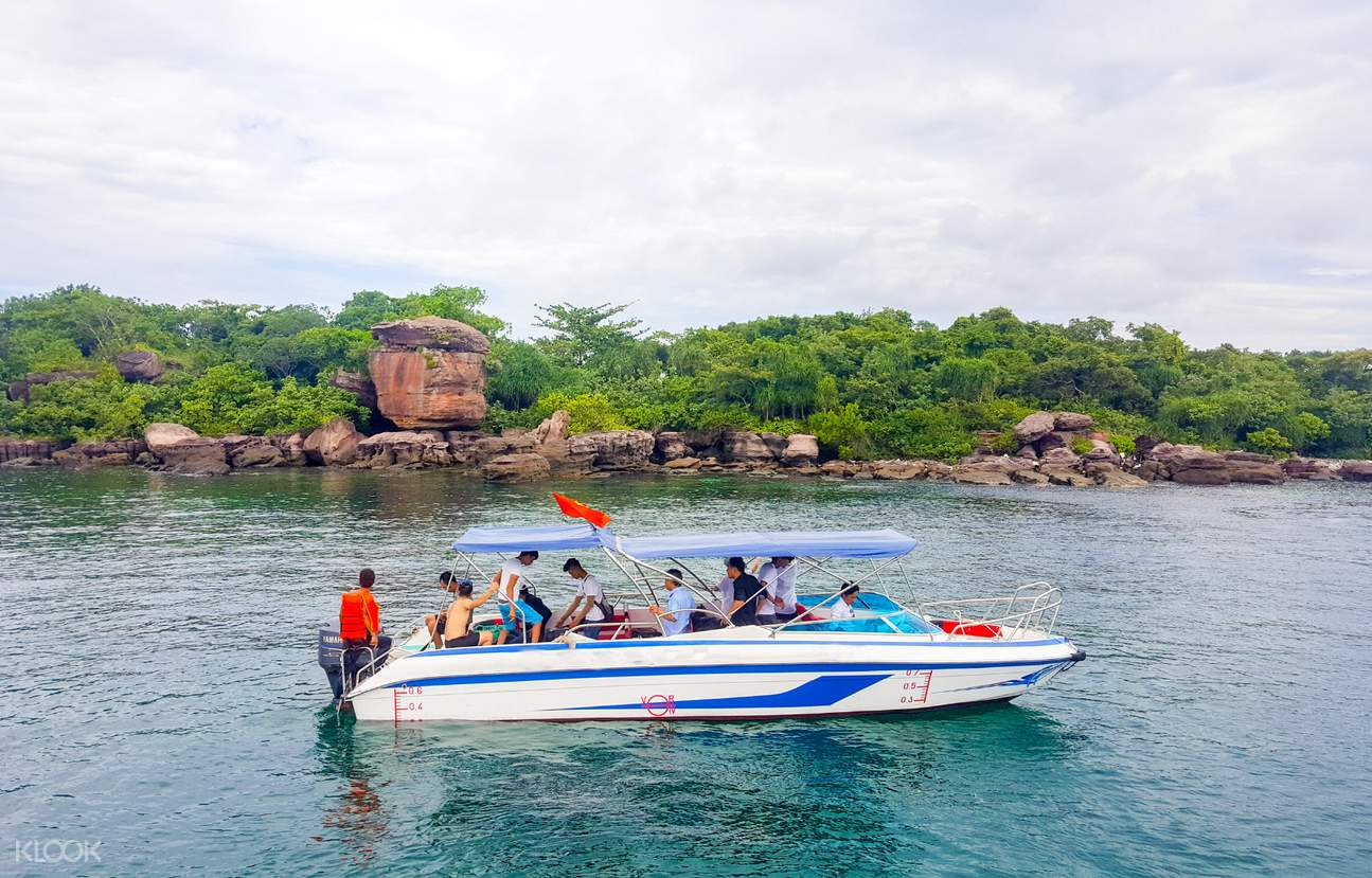Phu Quoc Islands Day Tour by Speedboat