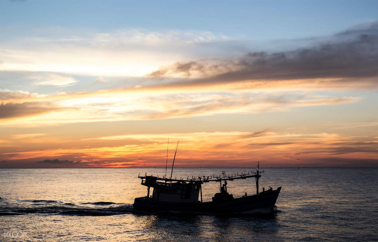 富国岛游轮赏夕阳