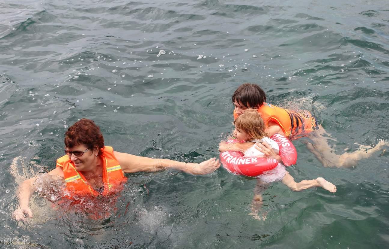 swim and snorkel vietnam