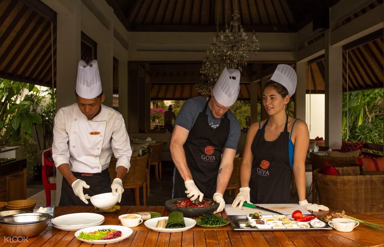 kelas memasak di goya resort