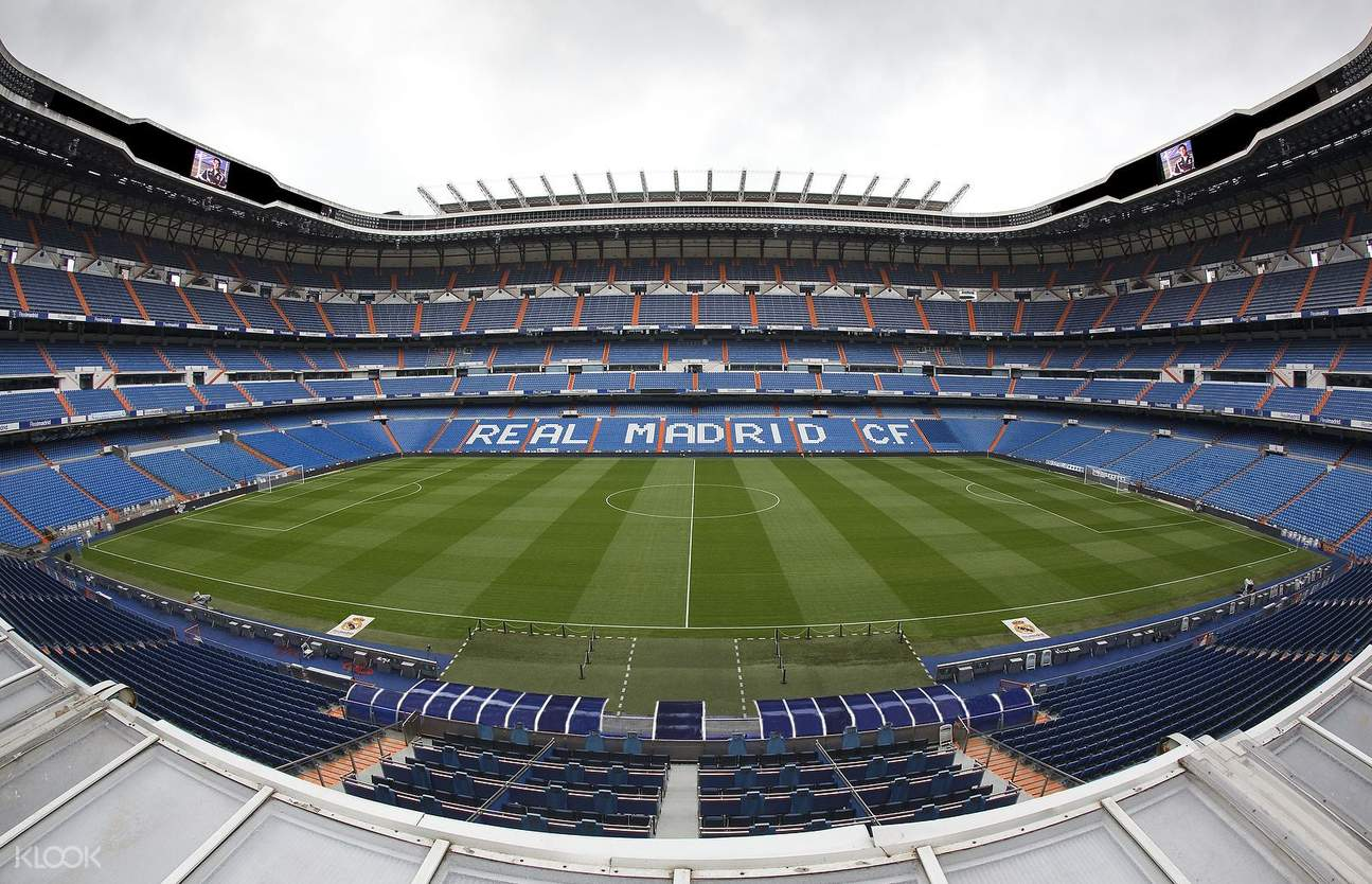 football field in bernabéu stadium