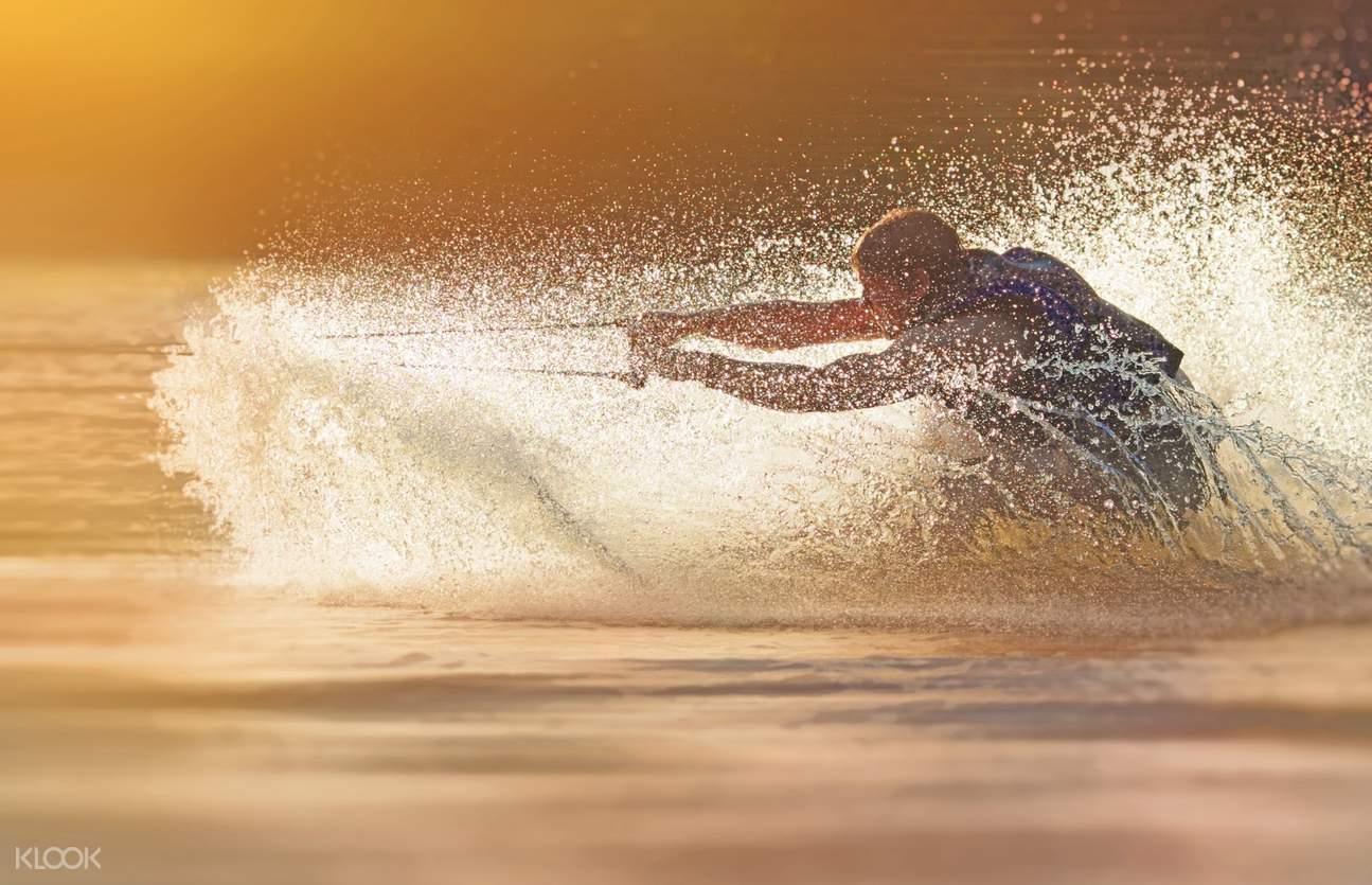 長灘島滑水,長灘島快艇滑水,長灘島水上運動,長灘島特色體驗