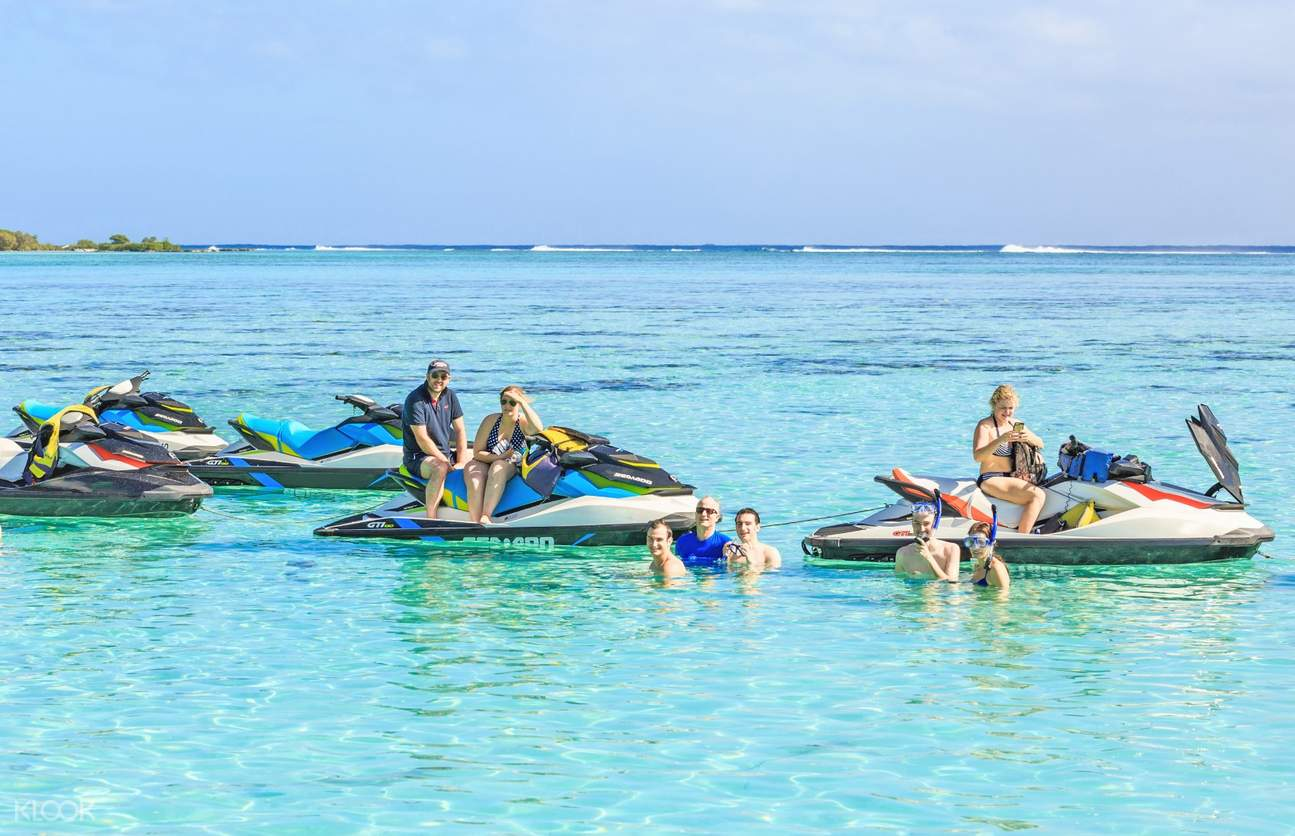 tourists relaxing with jet ski