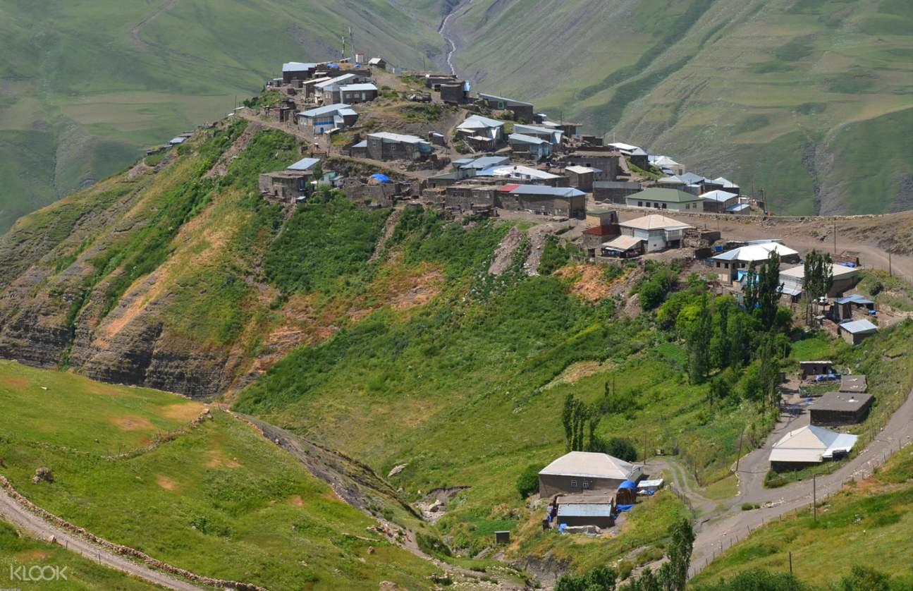 khinalug village