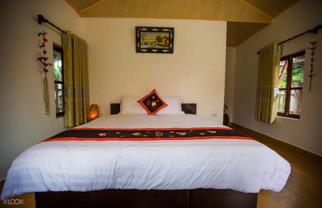 hotel bed in vietnam