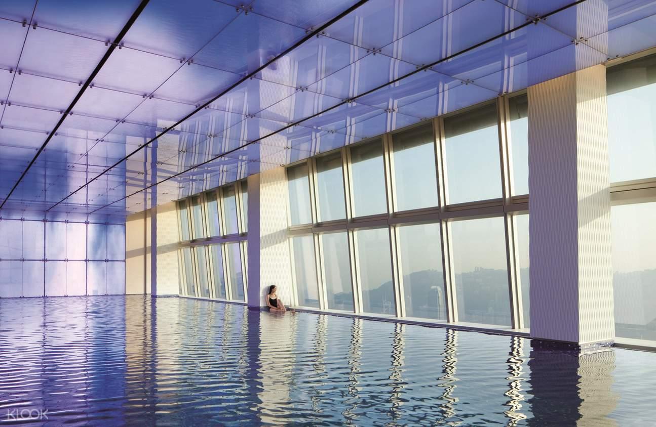 香港麗思卡爾頓水療中心游泳池