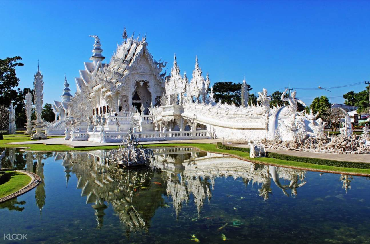 white temple chiang rai half day private tour