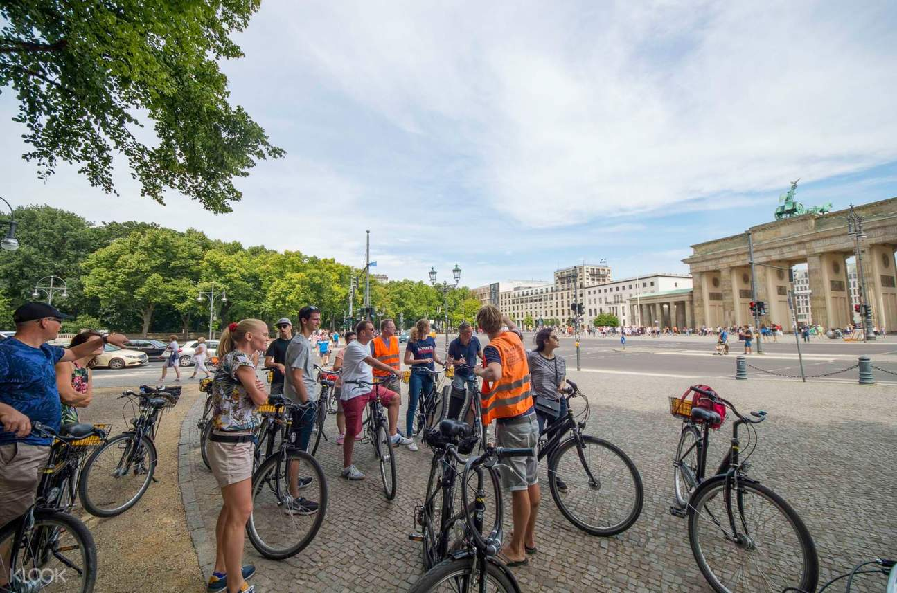 berlin city bike tour
